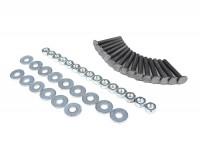 Kit tornillos para embellecedor sillín -CALIDAD OEM, Denfeld- Vespa 125 (T1, T2, VNA, VNB - modelos alemanes), Vespa 150 (T2, T3, T4, VD1T, VD2T, VGLA/B - modelos alemanes), Vespa GS150 / GS3 (VDTS - modelos alemanes), Vespa GS160 (VSB - modelos alem