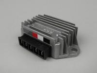 Spannungsregler -5-Pin 12V (G|G|B+|C|Masse)- Vespa PX Elestart (ab Bj. 1998), Cosa, Cosa2 Elestart, PK XL2 Elestart