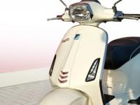 Blinkergitter -MOTO NOSTRA- Vespa Sprint, Primavera 50-150 - vorne - schwarz