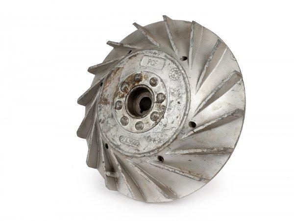 Volante magnético -PIAGGIO/LML (NOS) 2750g- Vespa PX80, PX125 - diámetro pequeño (Ø180mm), aletas planas, sin Elestart
