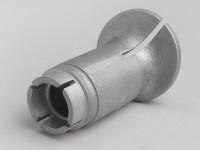 Bocchettone raccordo aspirazione -QUALITÀ OEM- Vespa PK - carburatore Ø=16mm