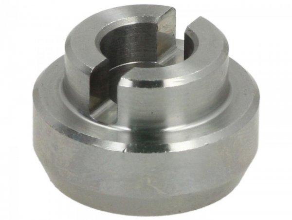 Connecting piece for water pump -PIAGGIO- Vespa GT 250 (ZAPM45102), Vespa GTS 250 (ZAPM45100, ZAPM45101), Vespa GTS 300 (ZAPM45200, ZAPM45202, ZAPMA3300), Vespa GTS HPE 300 (ZAPMA3600, ZAPMD310), Vespa GTS Super 125 (ZAPM45300, ZAPM45301), Vespa GTS