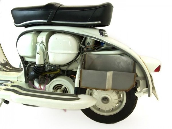 Glove box under side panel -TD-Customs- Lambretta LI (series 1-2), TV (series 1-2)