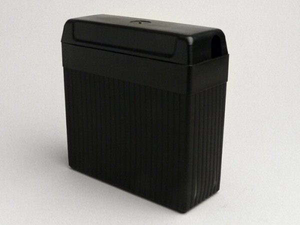 Battery -B39-6 (6N7-1)- 6V 7Ah - 126x126x48mm - Vespa Sprint150 (VLB1T)(D), VNB1T, VL3T, VB1, VBA1, VBB1, GL150 (VLA1), VGL1, Vespa150 T3 (VD2T), Vespa150 T4 (VGLA1T-VGLB1T), Lambretta (Series 2, up to 10/1959) - lead battery