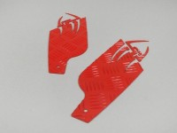 Reposapiés chapa estriada de aluminio -DF OPTICPARTS Style 16- Peugeot JetForce - parte trasera - rojo