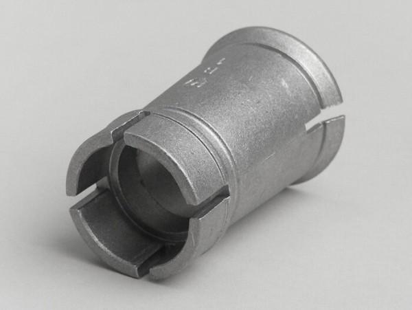 Casquillo toma admisión -CALIDAD OEM- Vespa PV125, ET3 - carburadores Ø=19mm