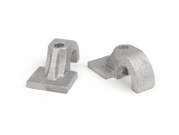 Chapas de caballete -CALIDAD OEM, Ø=16mm- Vespa (1958-1961) VNA1T (30505-), VNA2T, VBA1T, VNB1T, VNB2T (-9000), VBB1T (-17450), GL150 (VGLA1T -32000), T4 - fusión (para la fijación por un agujero)