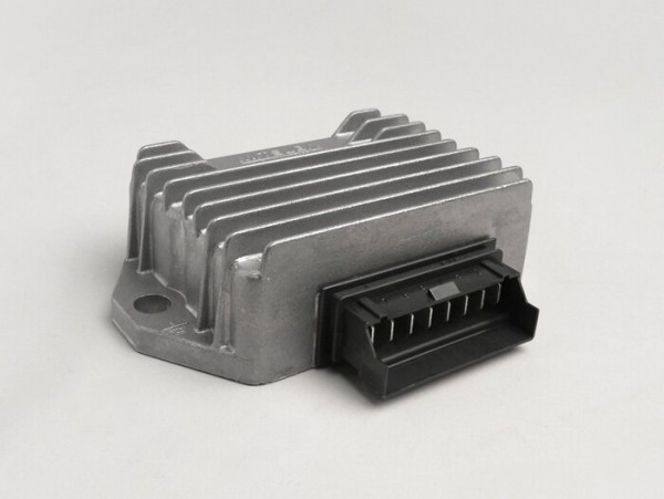 Regulador de tensión -8-clavijas 12V con relé de intermitente- Piaggio/ Gilera 50 ccm 2-tiempos (modelos con carburador, 1999-), Vespa S, LX, LXV, Sprint 50, Primavera 50, ET4 125ccm (ZAPM04000 1999-), Aprilia Mojito Retro 125 ccm (ZD4PM motor Piaggi
