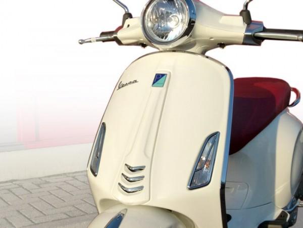 Par de rejillas intermitentes -MOTO NOSTRA- Vespa Sprint, Primavera 50-150 - delantero - cromo
